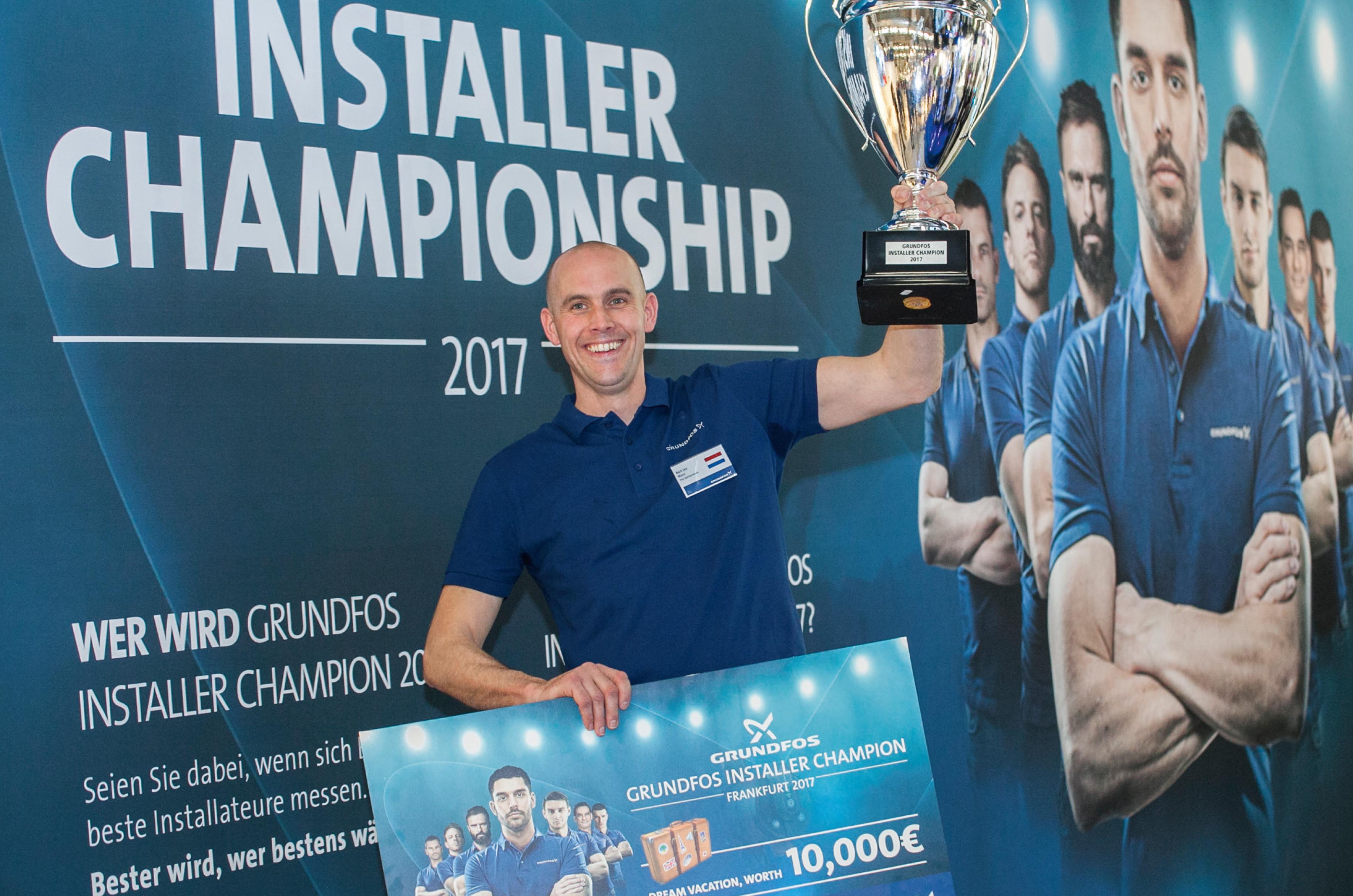 Bart-Jan Maas van GebouwService Zuid winnaar Grundfos Installer Championship